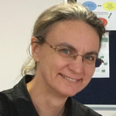 Dr Sandra Nissen