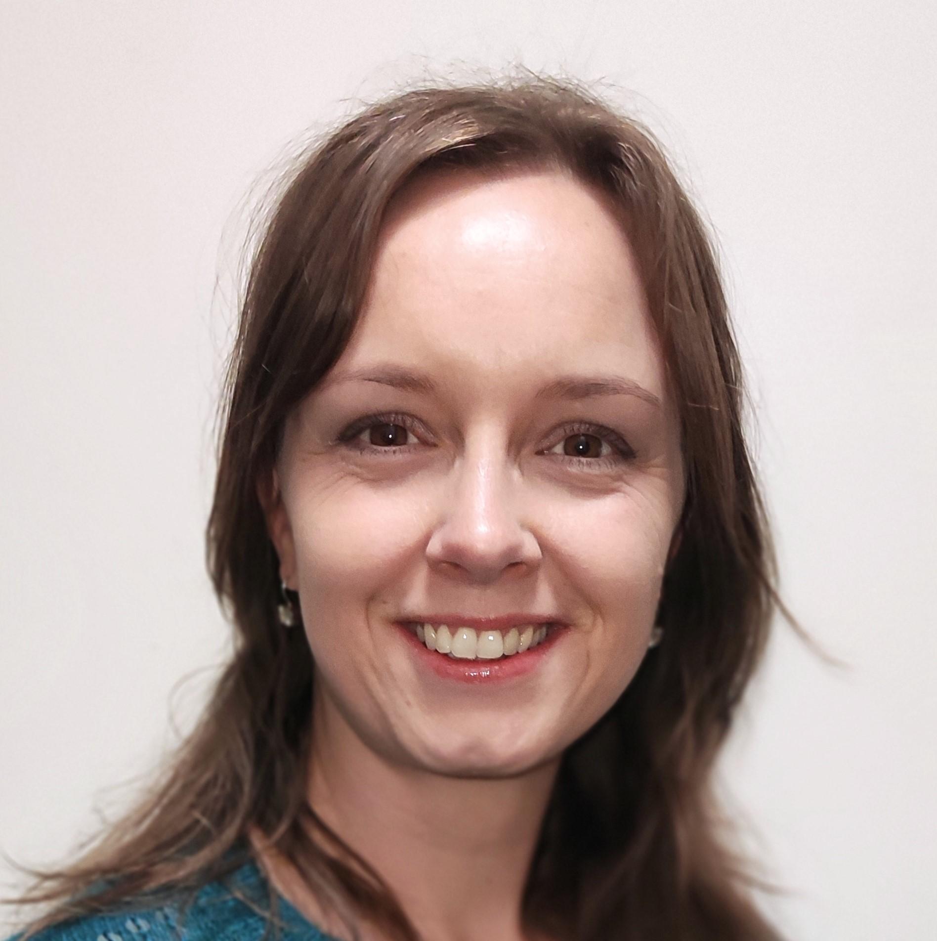 Dr Fabienne van der Kleij