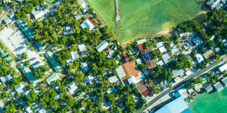Mapping alumni networks in Kiribati